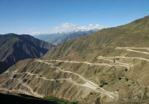 Sichuan-Tibet Highway: Most Dangerous Driving Roads