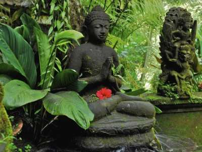 Top 8 Friendliest Cities in the World