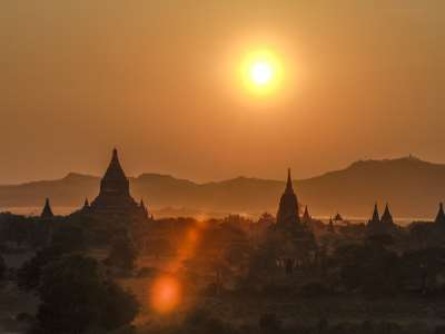 Bagan, Myanmar : Travelling to the Past