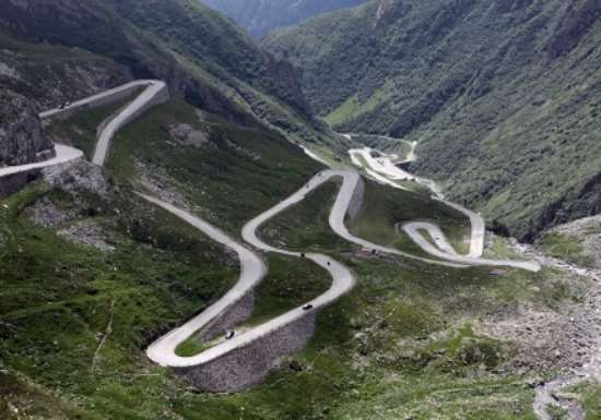 Top 5 Driving Roads in Italy