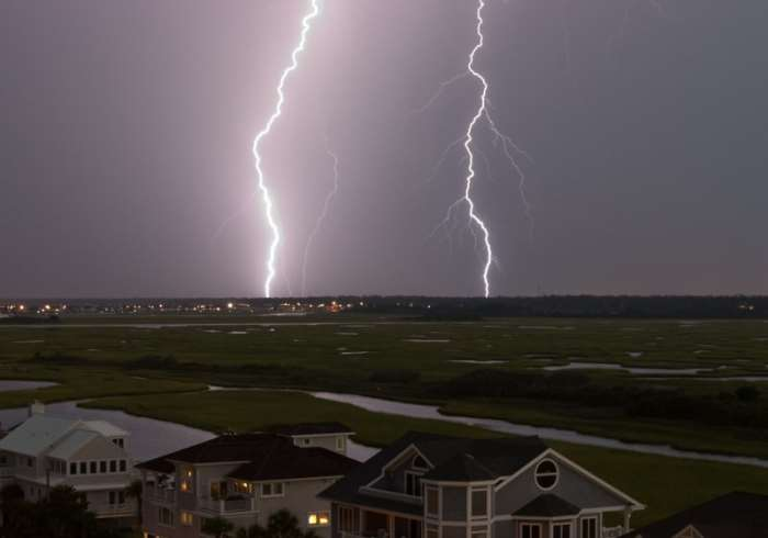 10 Most Amazing Photos of Lightning Strikes