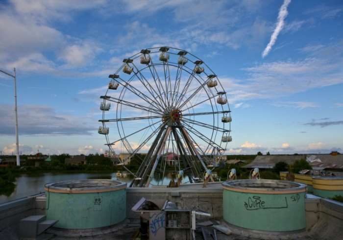 10 Creepiest Abandoned Theme Parks