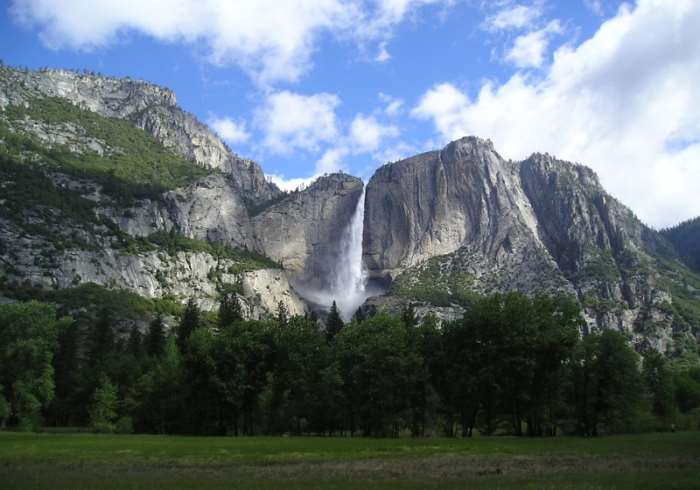 Yosemite National Park : Experience its Beauty