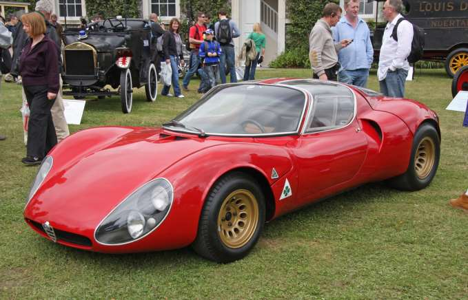 alfa romeo 33 stradale a classic from the sports car pantheon. Black Bedroom Furniture Sets. Home Design Ideas
